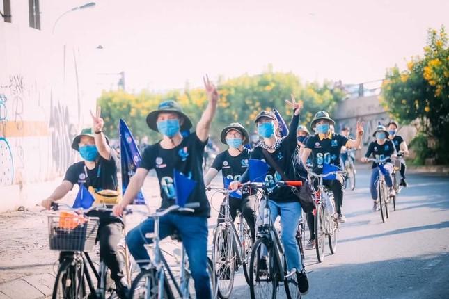 """Giới trẻ Sài Gòn lan tỏa thông điệp """"Hãy lên tiếng vì thiên nhiên"""" ảnh 1"""