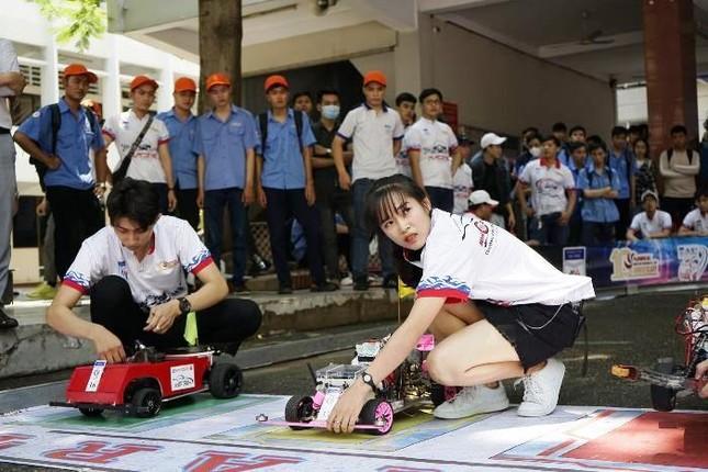 """Khởi động cuộc thi """"Mini Car Racing 2021""""  ảnh 2"""