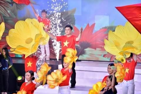 Sinh viên Nhân Văn trở thành Á quân 'Siêu thủ lĩnh' ảnh 2