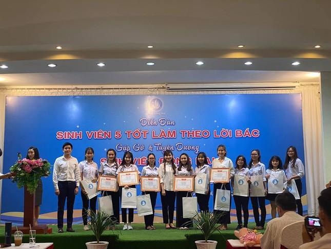 """Liên hoan """"Sinh viên 5 tốt làm theo lời Bác"""" tỉnh Đồng Nai ảnh 15"""