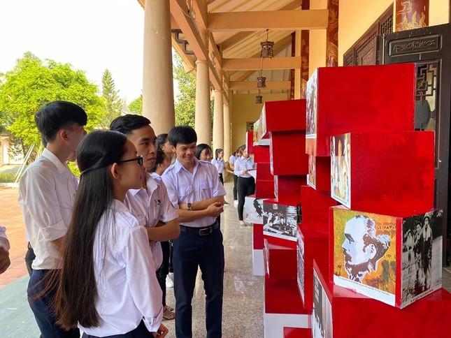 """Liên hoan """"Sinh viên 5 tốt làm theo lời Bác"""" tỉnh Đồng Nai ảnh 1"""