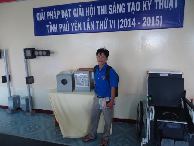 Chàng cử nhân Việt Nam học say mê sáng chế ảnh 1