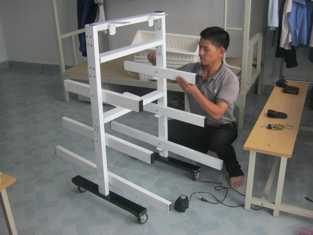 Chàng cử nhân Việt Nam học say mê sáng chế ảnh 2