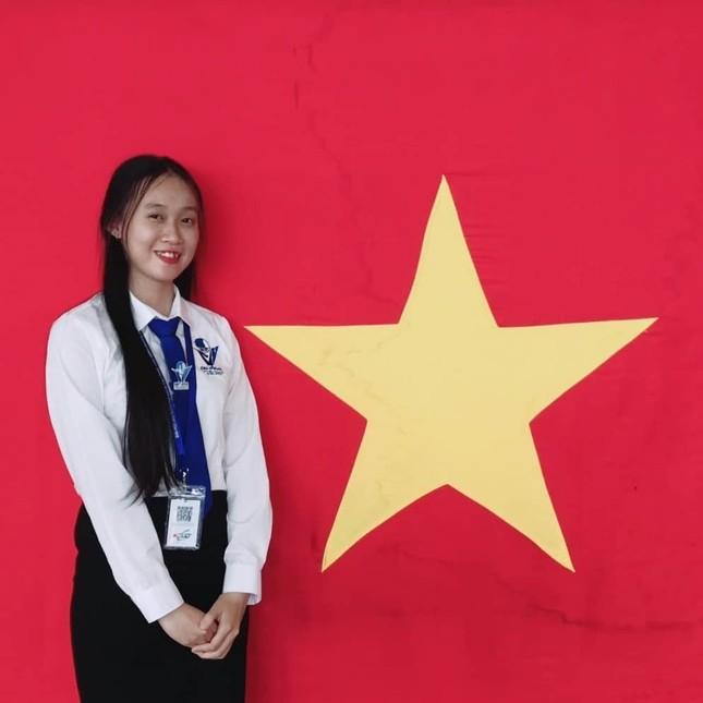 Cô bạn thủ lĩnh sinh viên Bình Dương ảnh 4