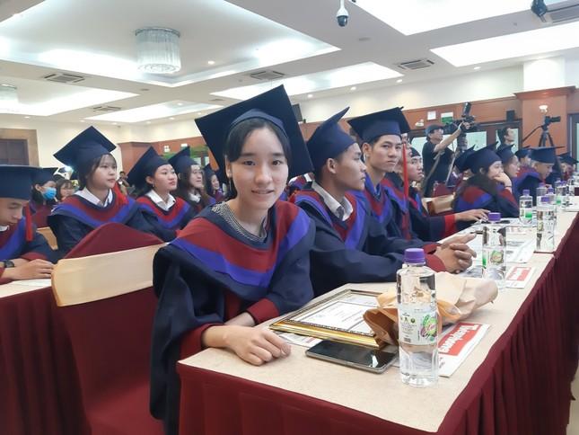 """Học bổng """"Nâng bước thủ khoa 2020"""": Tiếp thêm lửa động lực cho 85 tân sinh viên ảnh 6"""