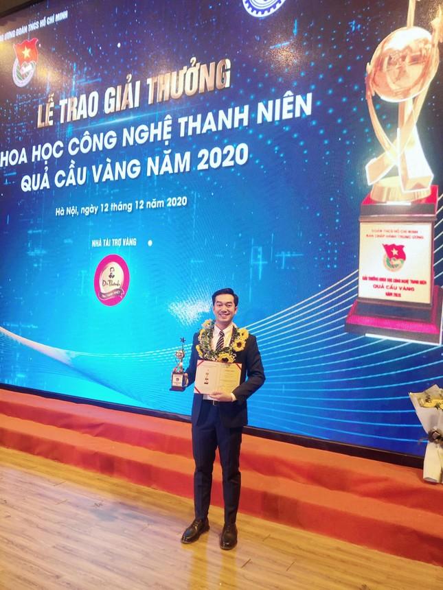 Cú đúp giải thưởng của TS.BS.Phạm Lê Duy  ảnh 3