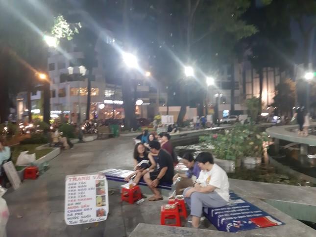 TP. HCM: Hàng quán bắt đầu nhộn nhịp trở lại ảnh 13