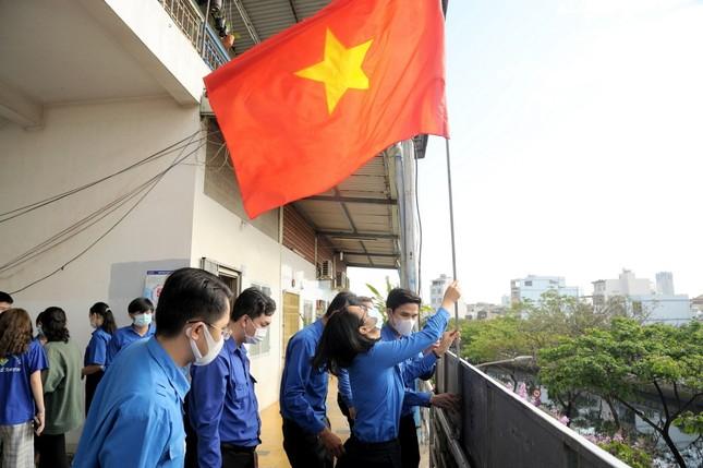 Thành Đoàn TP. HCM ra quân các hoạt động hưởng ứng Tháng Thanh niên ảnh 1