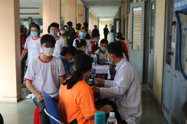 Hội Sinh viên trường ĐH KHTN (ĐHQG TP. HCM) tổ chức chương trình hiến máu tình nguyện ảnh 2
