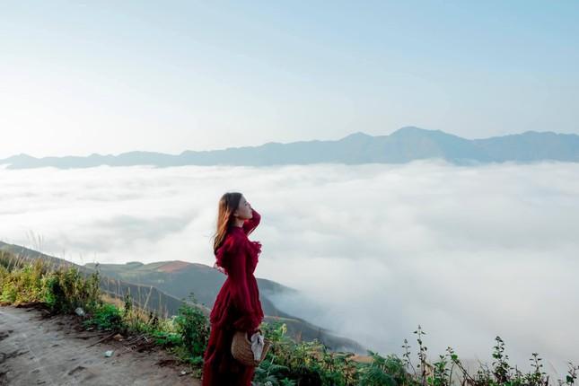 Lặng ngắm biển mây trên đỉnh Tà Xùa ảnh 8