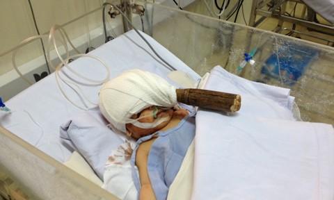 Những tình tiết rúng động vụ bé sơ sinh bị đâm xuyên sọ ảnh 1