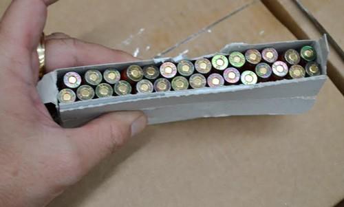 Tịch thu 150.000 viên đạn 'gửi nhầm' vào Việt Nam ảnh 1