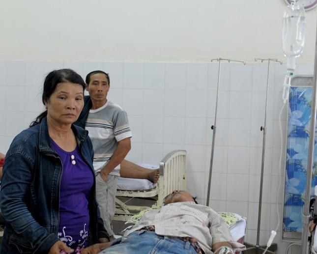 Gia đình anh em đánh nhau tranh lối đi, 7 người bị thương ảnh 1