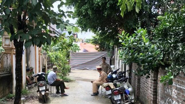 Vụ thảm sát gia đình em ruột ở Hà Nội: Thêm bé gái tử vong tại bệnh viện ảnh 4