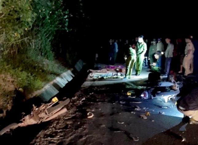 Xe máy đối đầu, 4 thiếu niên chết tại chỗ, 2 người trọng thương ảnh 2
