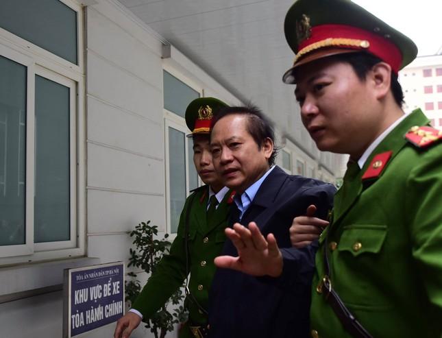 Vụ AVG: Giây phút tuyên án cựu Bộ trưởng Nguyễn Bắc Son ảnh 2