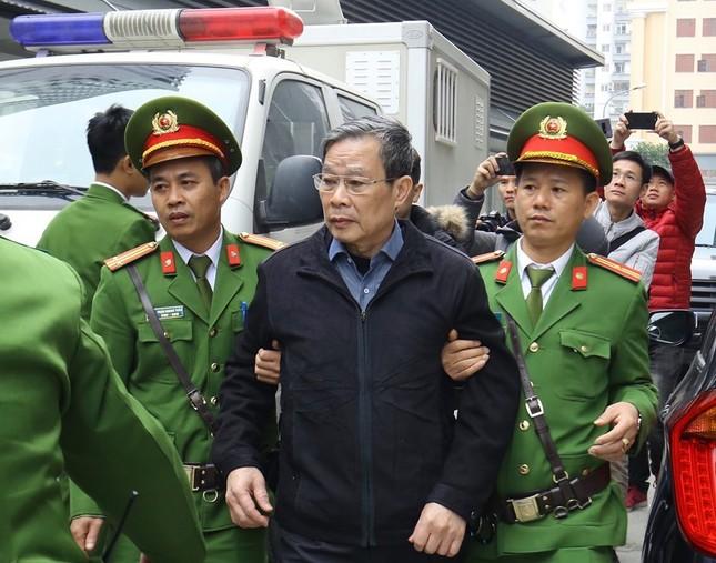 Vụ AVG: Giây phút tuyên án cựu Bộ trưởng Nguyễn Bắc Son ảnh 1