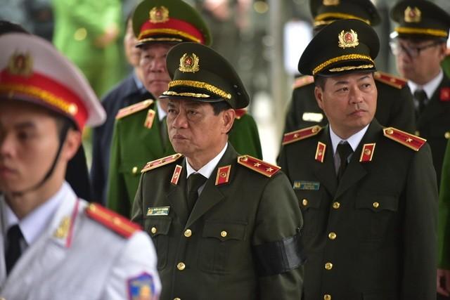 Tiễn biệt 3 liệt sĩ công an hy sinh ở Đồng Tâm ảnh 26