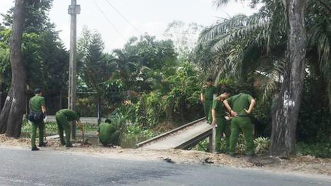 Hàng trăm cảnh sát dùng xe bọc thép vây bắt kẻ nổ súng 4 người chết ở Củ Chi ảnh 4