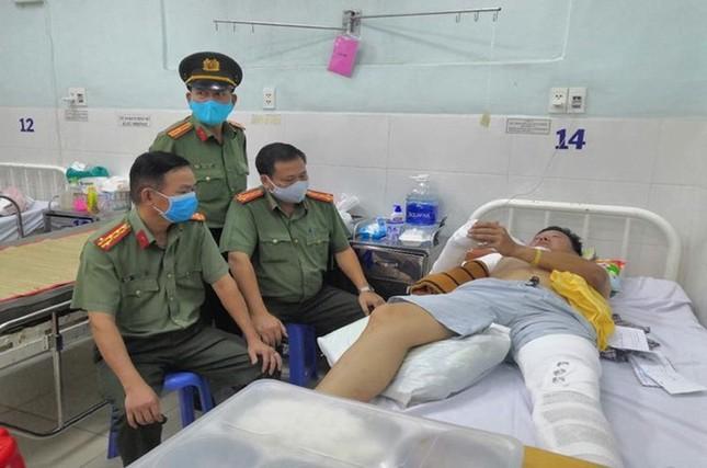 CSGT ở Đồng Nai bị tông gãy tay, chân ảnh 1