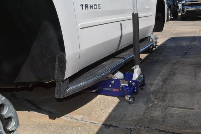 Hơn 30 chiếc Chevrolet bị trộm hết bánh xe ở Mỹ ảnh 2