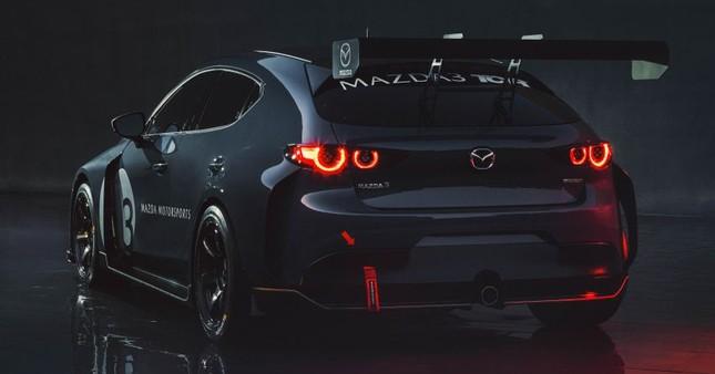 Mazda 3 được biến thành xe đua với công suất tối đa 350 mã lực ảnh 2
