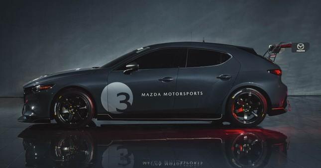 Mazda 3 được biến thành xe đua với công suất tối đa 350 mã lực ảnh 1