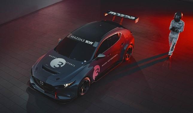 Mazda 3 được biến thành xe đua với công suất tối đa 350 mã lực ảnh 3