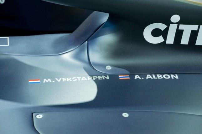 'Mục kích' hai chiếc xe đua F1 tại triển lãm VMS 2019 ảnh 5
