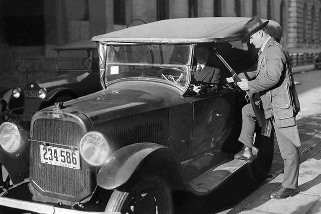 Lịch sử của những chiếc xe cảnh sát 'siêu ngầu' tại Mỹ ảnh 1
