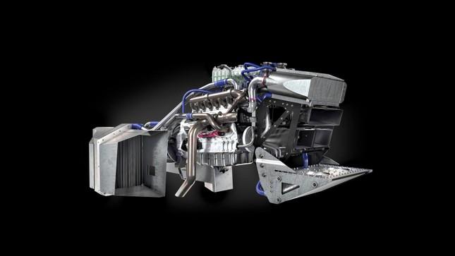 Máy kéo chạy nhanh nhất thế giới, tốc độ hơn 200 km/h ảnh 2