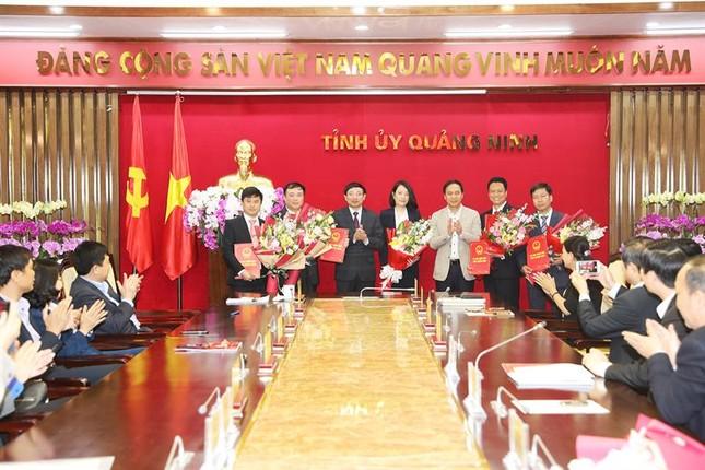 Nhân sự mới Quảng Ninh, thành phố Hồ Chí Minh ảnh 1