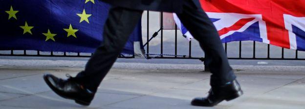 Thủ tướng Anh với những quyết định quan trọng trong thời gian sắp tới ảnh 1