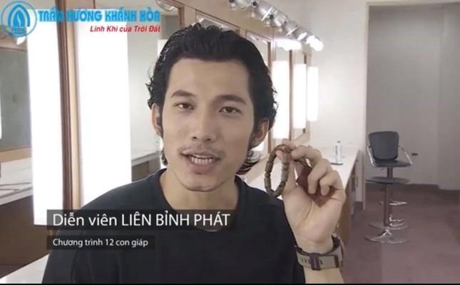 Món quà vòng Trầm hương Khánh Hoà gây bất ngờ với khách mời VTV đặc biệt Tết ảnh 2