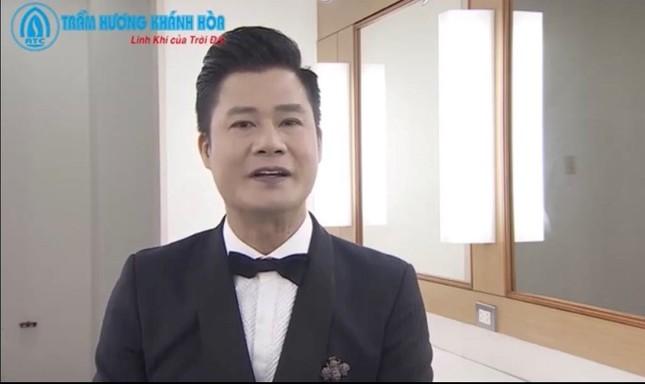 Món quà vòng Trầm hương Khánh Hoà gây bất ngờ với khách mời VTV đặc biệt Tết ảnh 3
