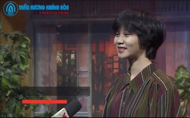 Món quà vòng Trầm hương Khánh Hoà gây bất ngờ với khách mời VTV đặc biệt Tết ảnh 4
