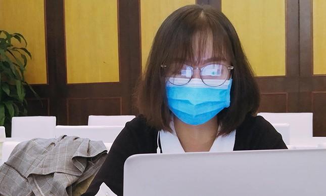 Dòng tin nhắn gửi mẹ của nữ sinh Y khoa tham gia chống dịch ảnh 1