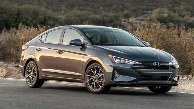 Top 10 mẫu xe tiết kiệm nhiên liệu nhất năm 2020 ảnh 8
