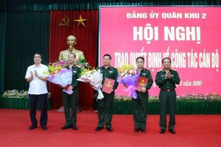 Bộ Quốc phòng bổ nhiệm 2 tân Chính ủy ảnh 1