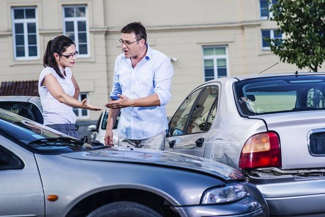 Nghiên cứu cho thấy nhiều tài xế yêu xe hơn vợ ảnh 1