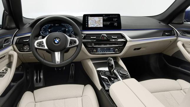 BMW Series 5 2021 xuất hiện chính thức với nhiều nâng cấp nhỏ ảnh 3