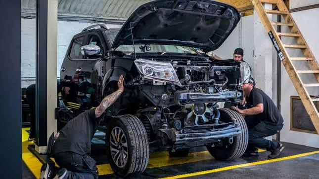 Nissan Navara 'độ' lên động cơ GT-R 1.000 mã lực ảnh 2