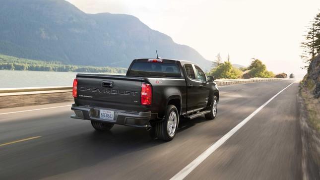Chevrolet Colorado 2021 ra mắt, thiết kế thừa hưởng từ Silverado ảnh 1
