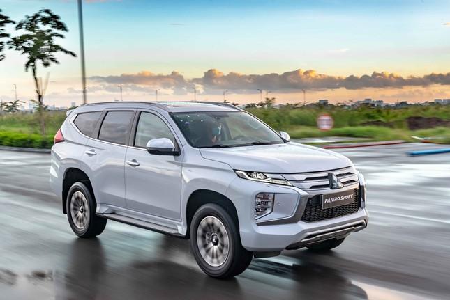 SUV cỡ trung tại Việt Nam cạnh tranh mạnh về cuối năm? ảnh 2