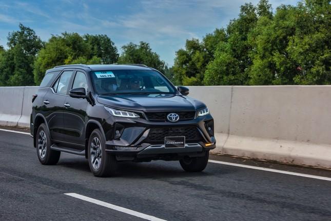 Dàn SUV Toyota 'bung sức' trong hành trình Hà Nội - Quảng Ninh ảnh 5