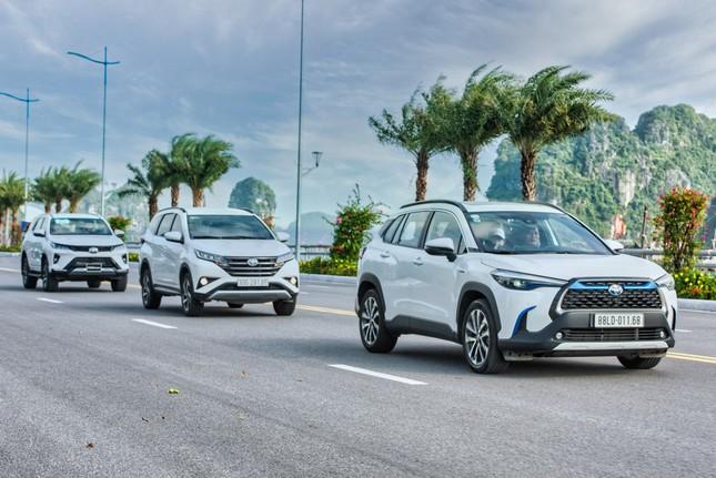 Dàn SUV Toyota 'bung sức' trong hành trình Hà Nội - Quảng Ninh ảnh 2