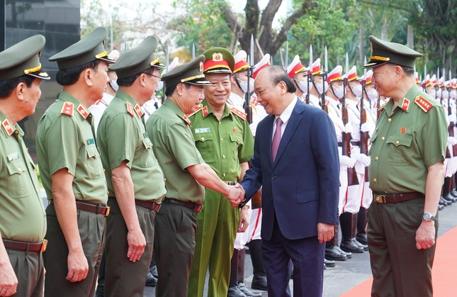 Thủ tướng dự và chỉ đạo Hội nghị Công an toàn quốc ảnh 3