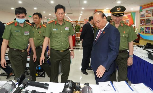 Thủ tướng dự và chỉ đạo Hội nghị Công an toàn quốc ảnh 5