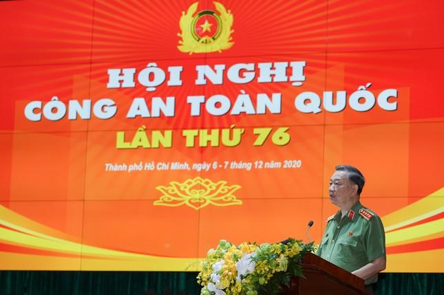 Thủ tướng dự và chỉ đạo Hội nghị Công an toàn quốc ảnh 8