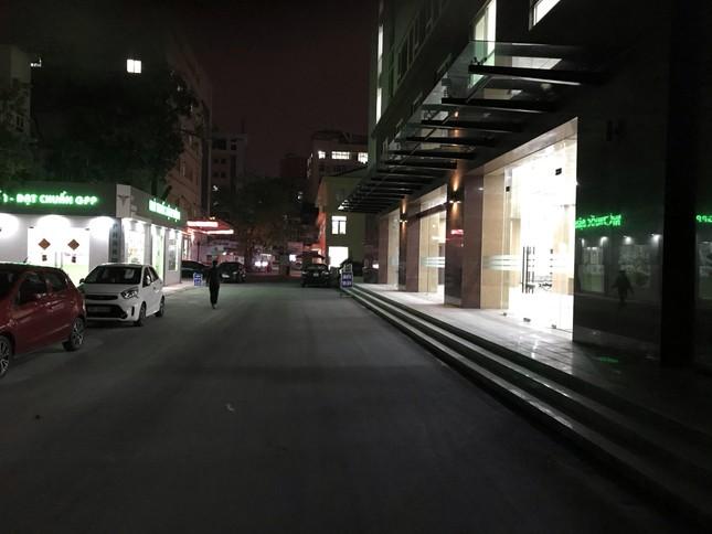 Đêm giao thừa đặc biệt ở bệnh viện E ảnh 6